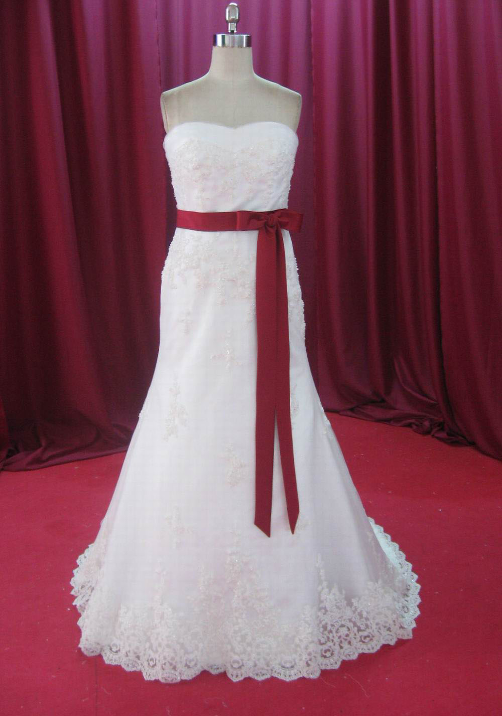 Designer dress quality factory outlet price wedding dresses for Designer wedding dresses outlet